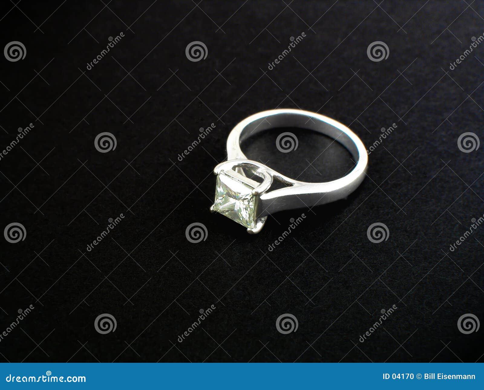 Anello di diamante