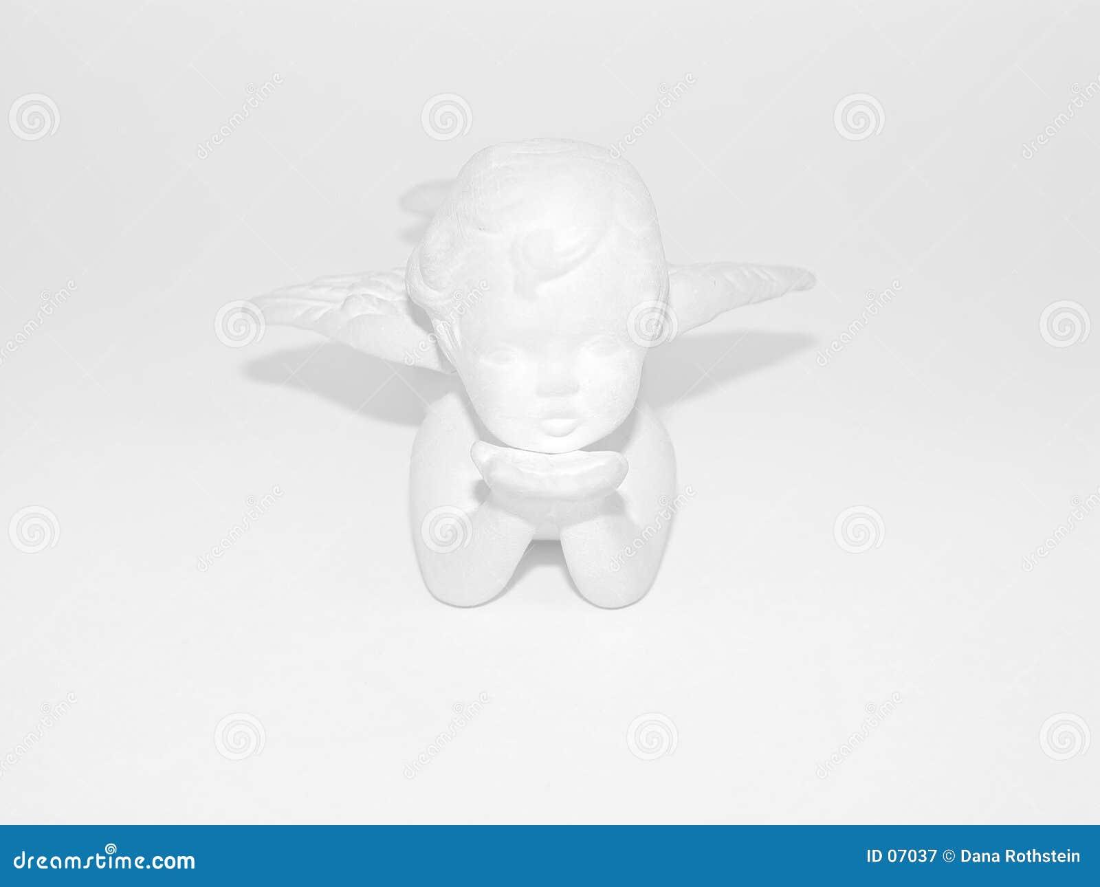Ange de plâtre