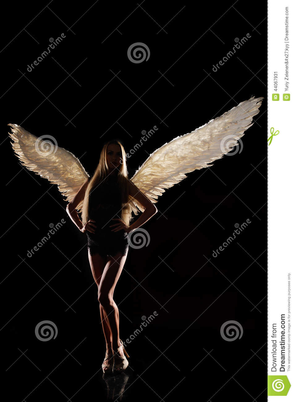 angel wings black background - photo #38