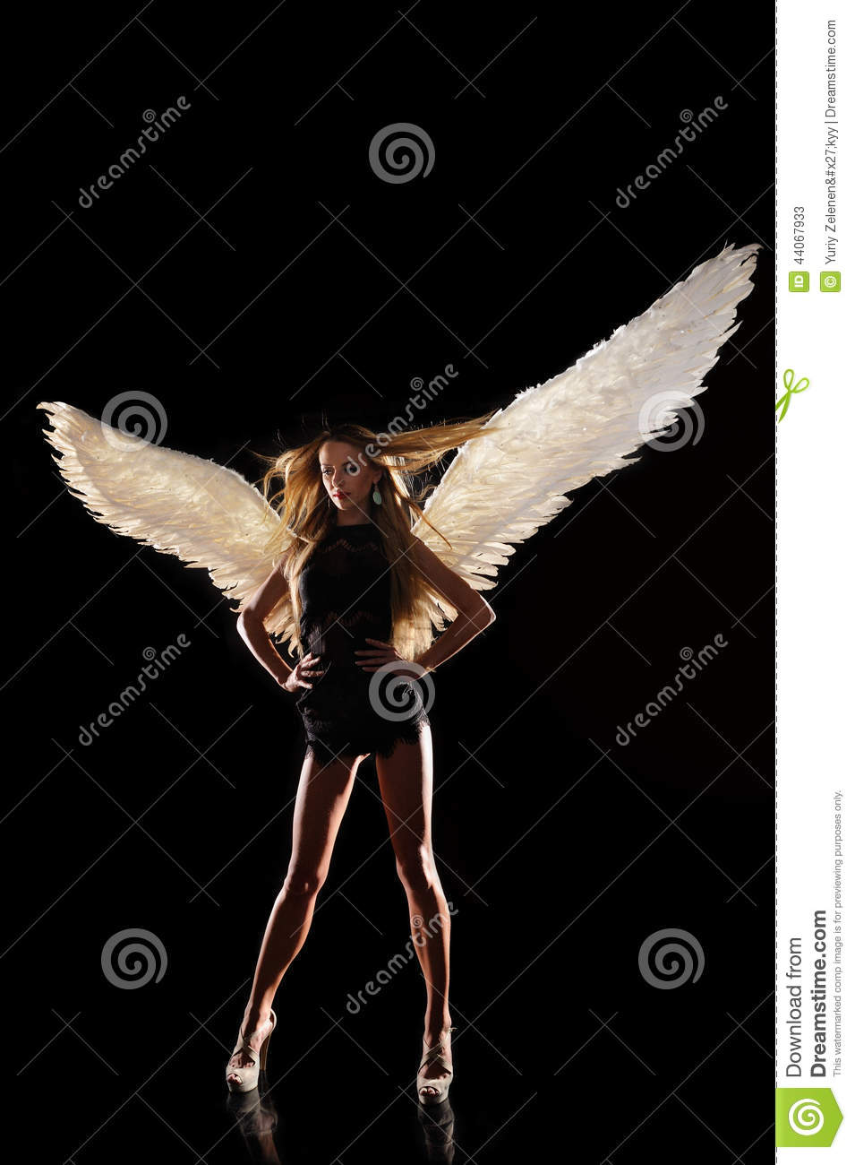 angel wings black background - photo #40