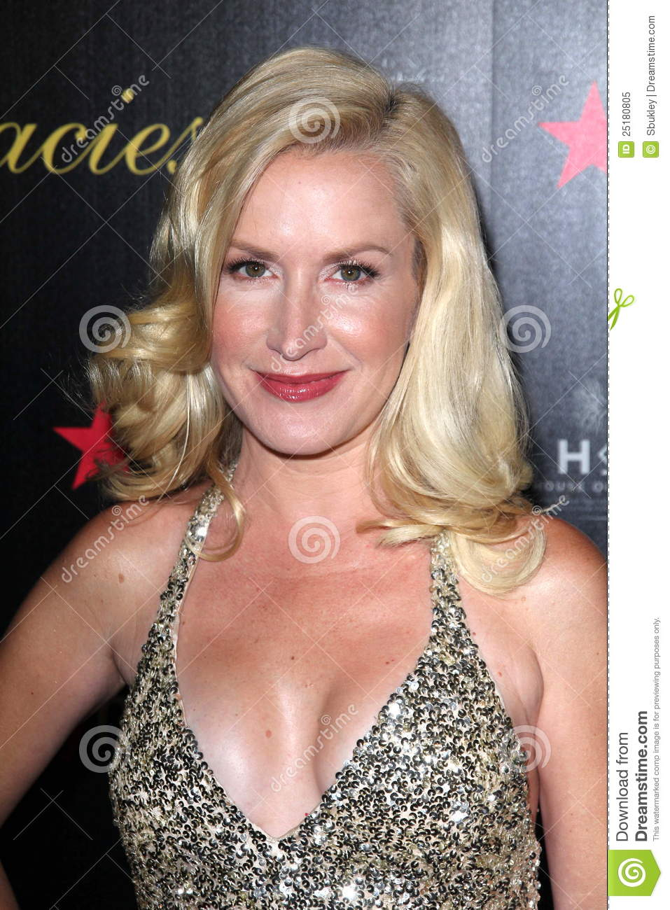 angela kinsey weight