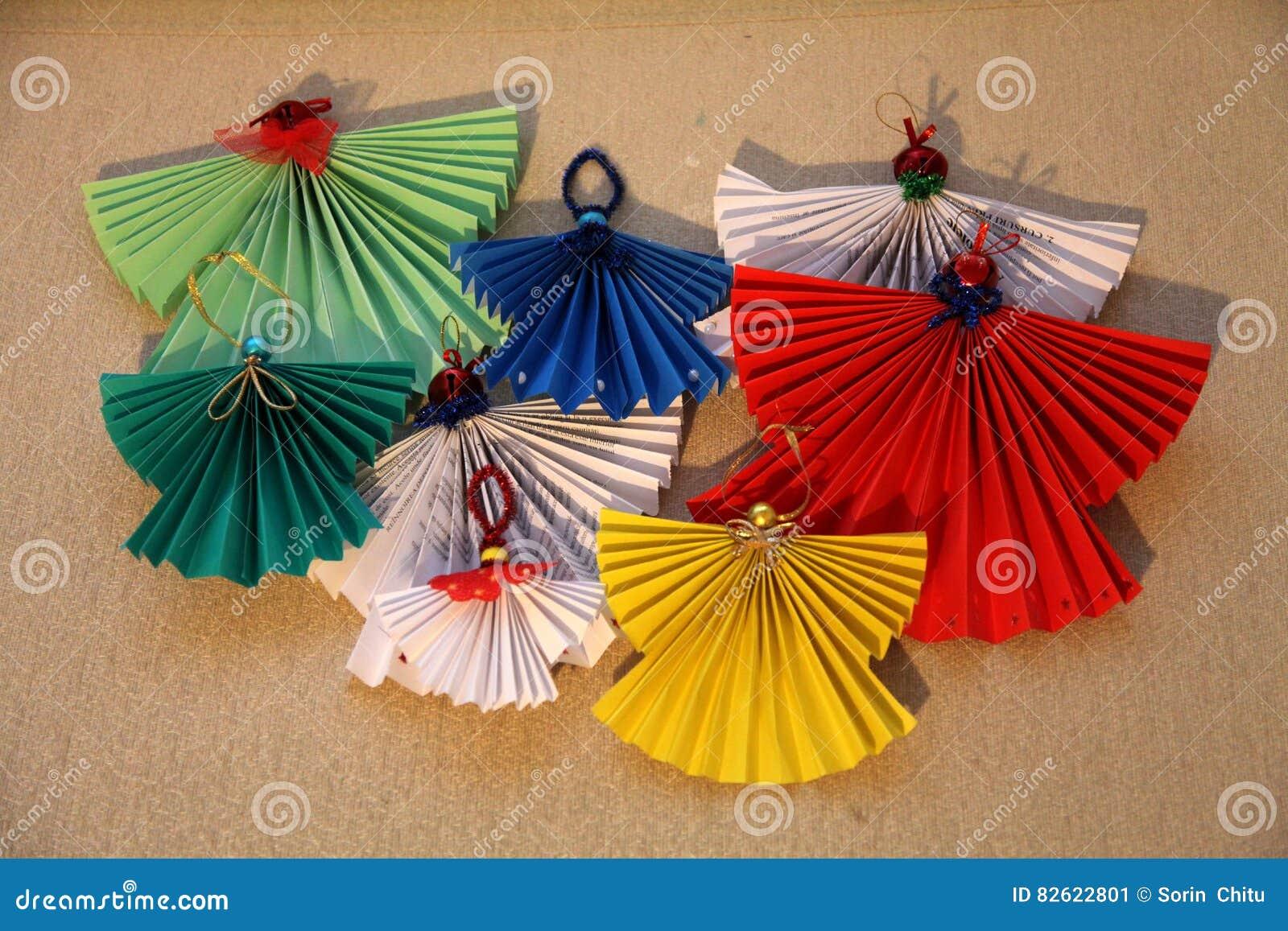 Angeli Di Carta Immagine Stock Immagine Di Angeli Verde 82622801