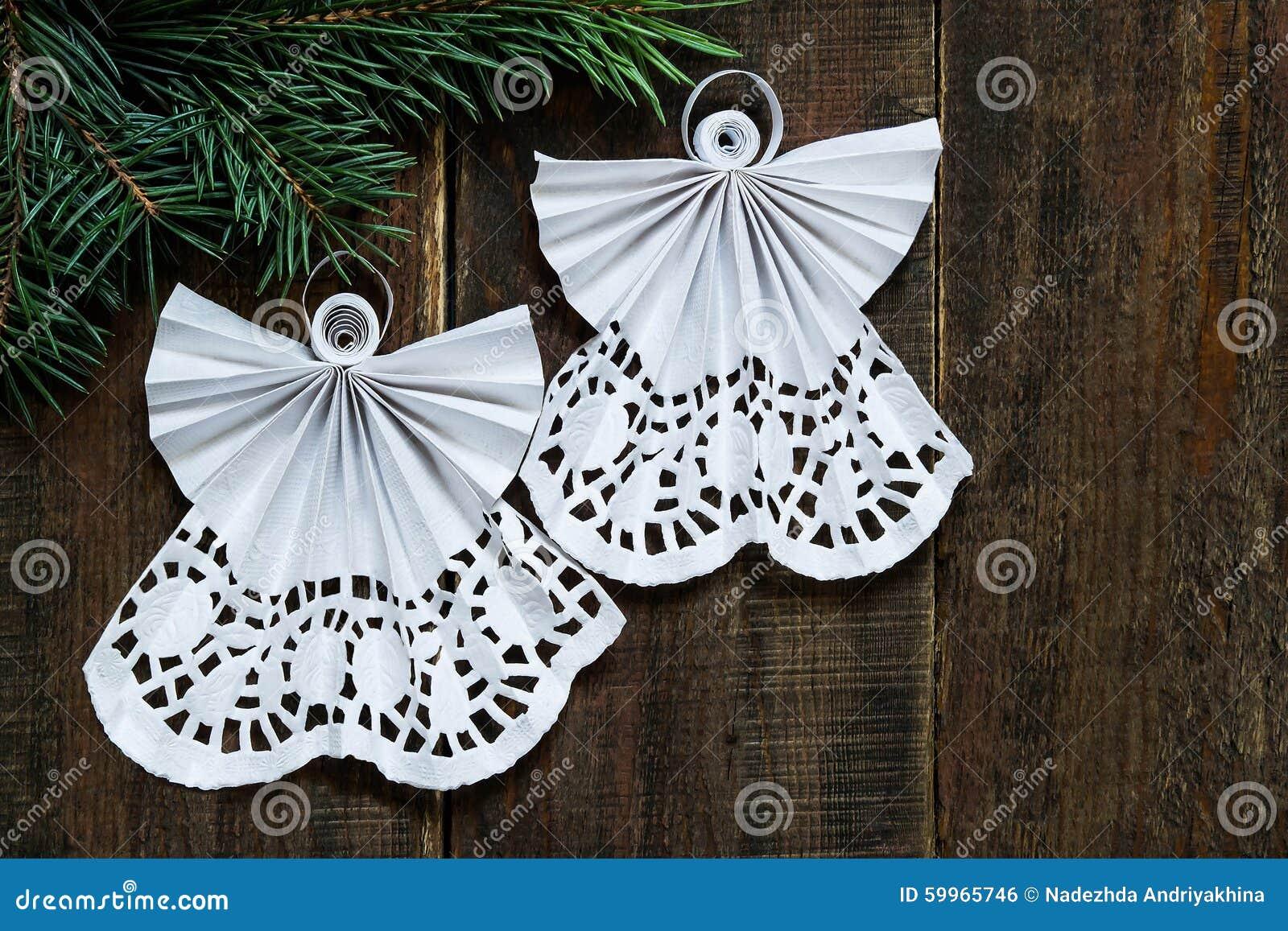 Decorazioni Natalizie Quilling.Angeli Openwork Nell Arte Della Decorazione Quilling Di Natale