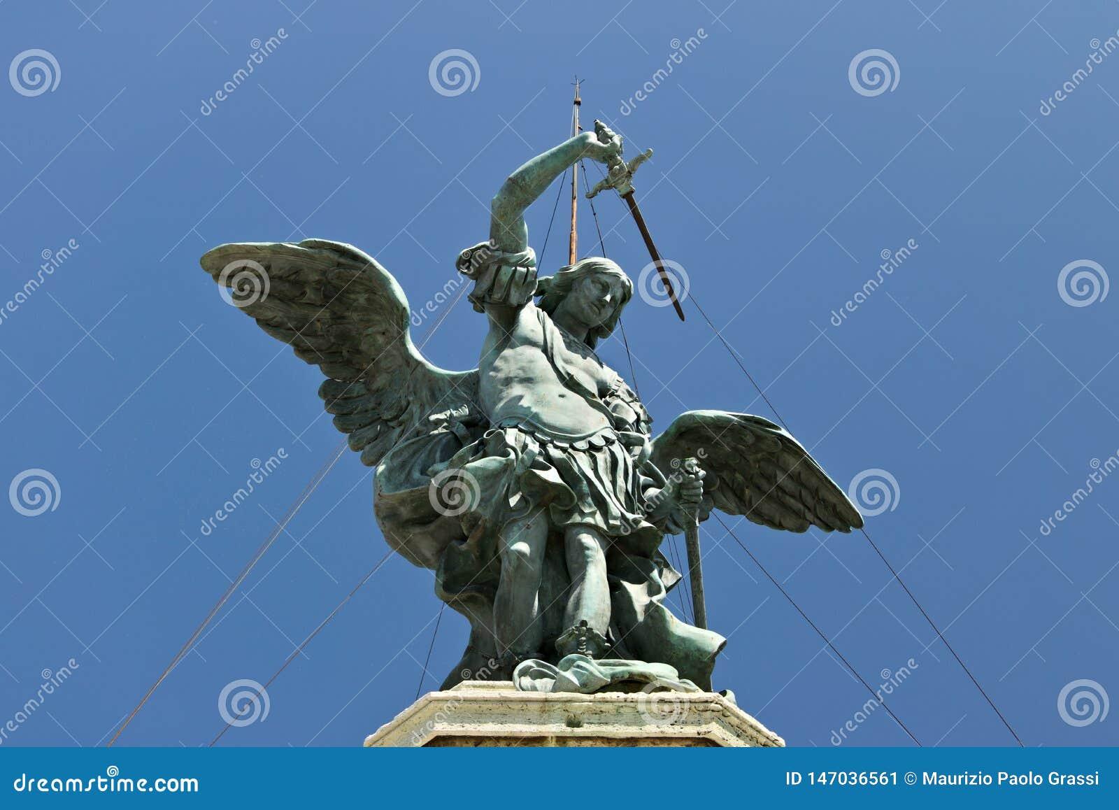 Angelo bronzeo sopra Castel Sant ?Angelo