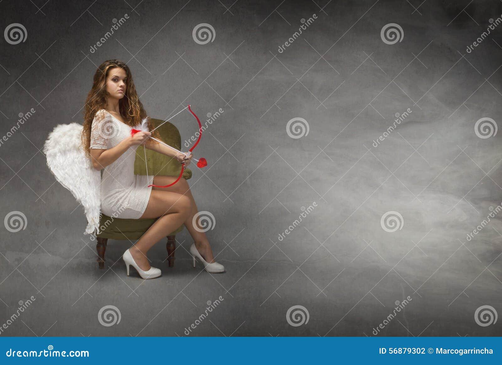 Angelo con l arco e la freccia