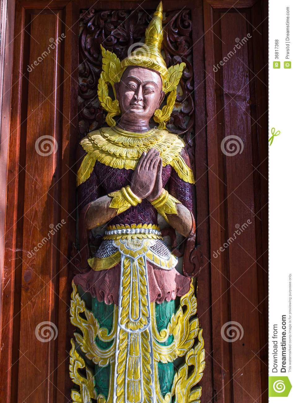 The angels are carved in door of temple shan