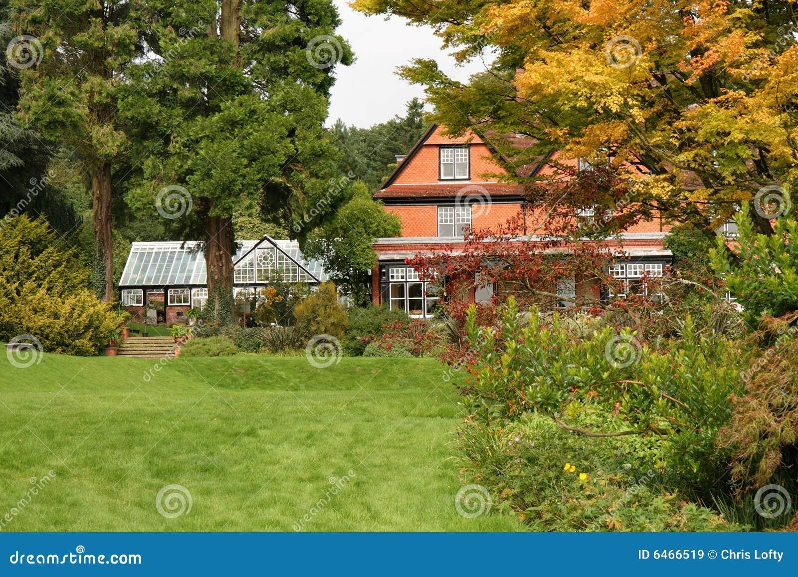 Angielskiego ogrodu dom krajów