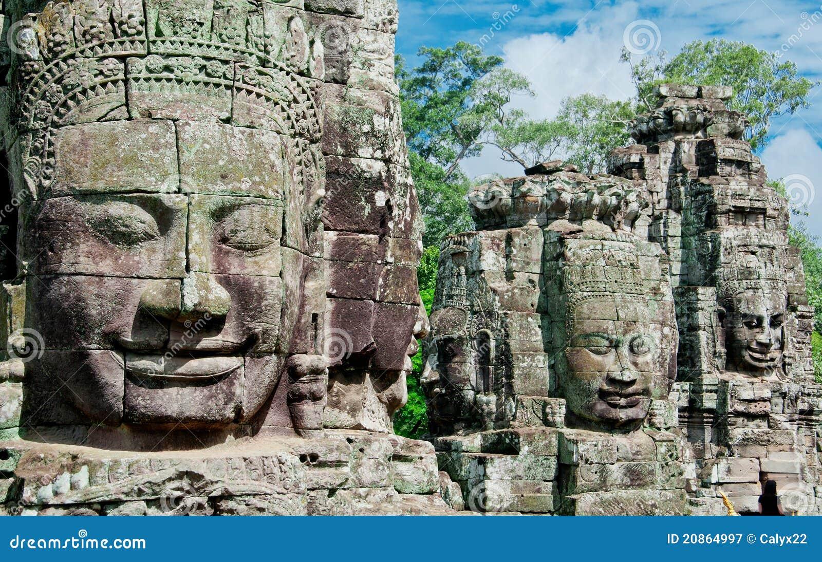 Angkor被雕刻的表面