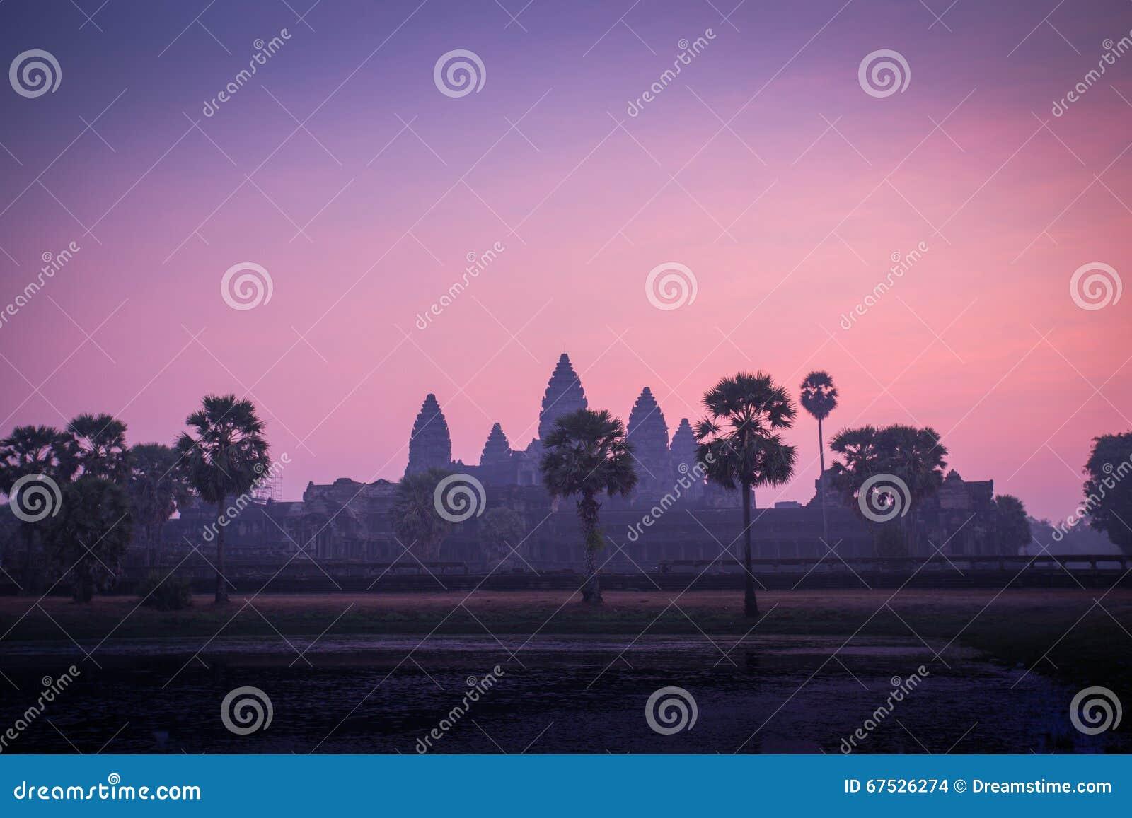 Angkor Cambodia wschód słońca wat