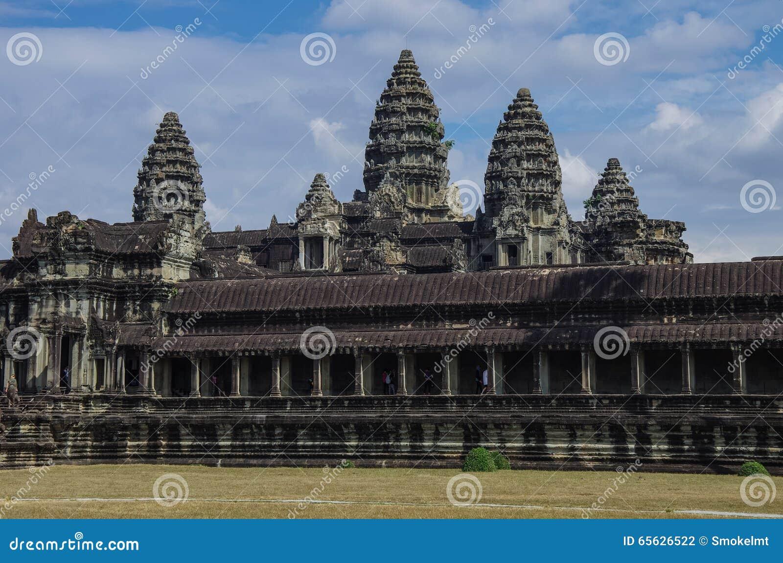 Angkor Vat - temple de Khmer dans la province de Siem Reap, Cambodge, sud