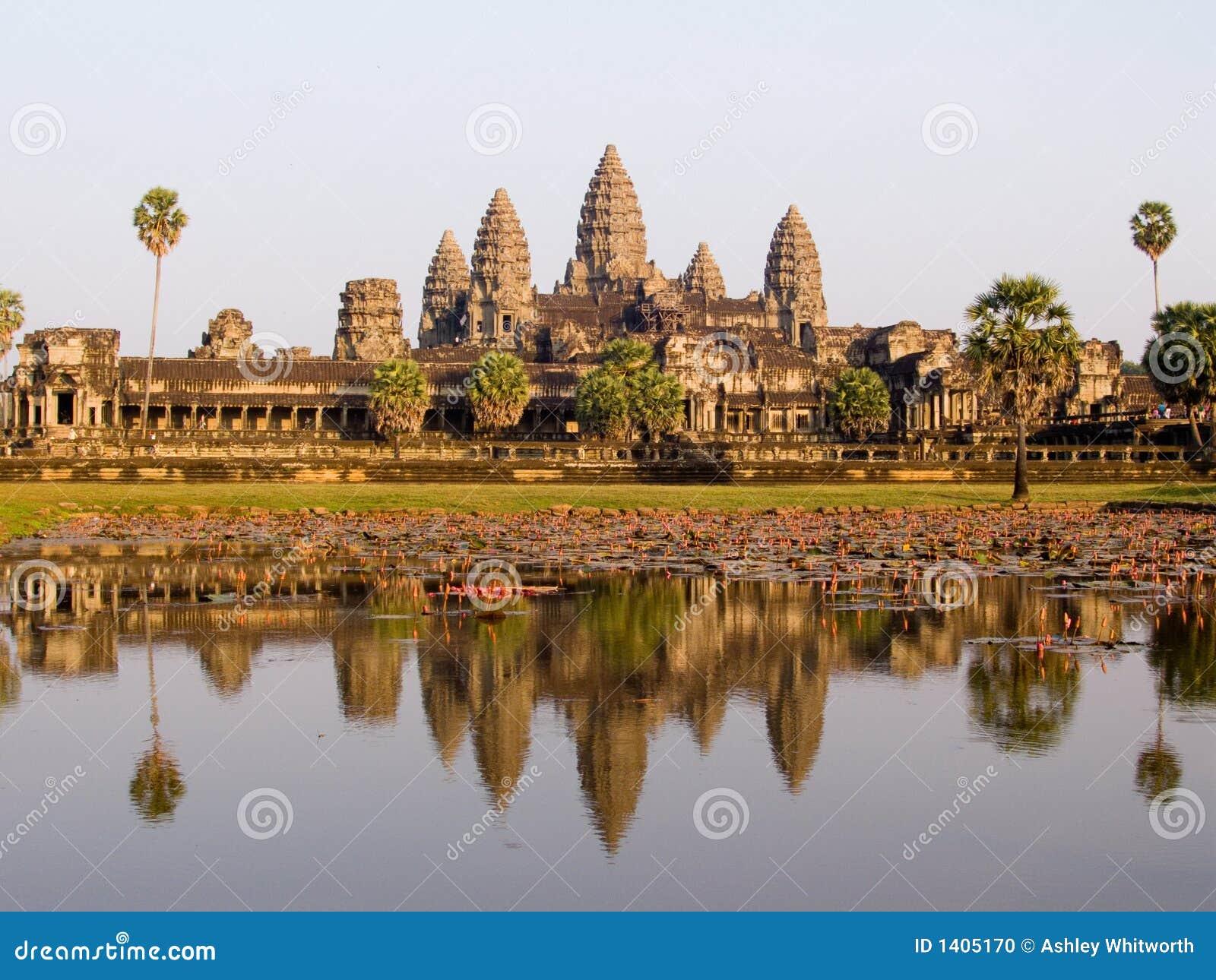 Angkor Wat dans la lumière de soirée