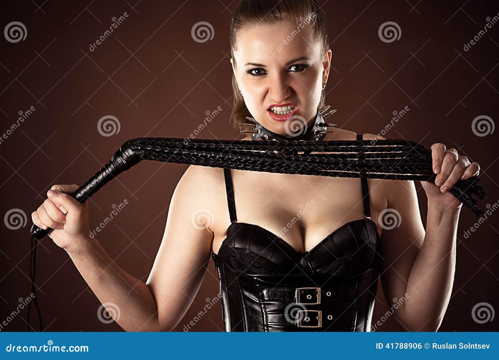 Смотреть онлайн секс господин раба госпожа раб, Русская госпожа срет на раба -видео. Смотреть 24 фотография