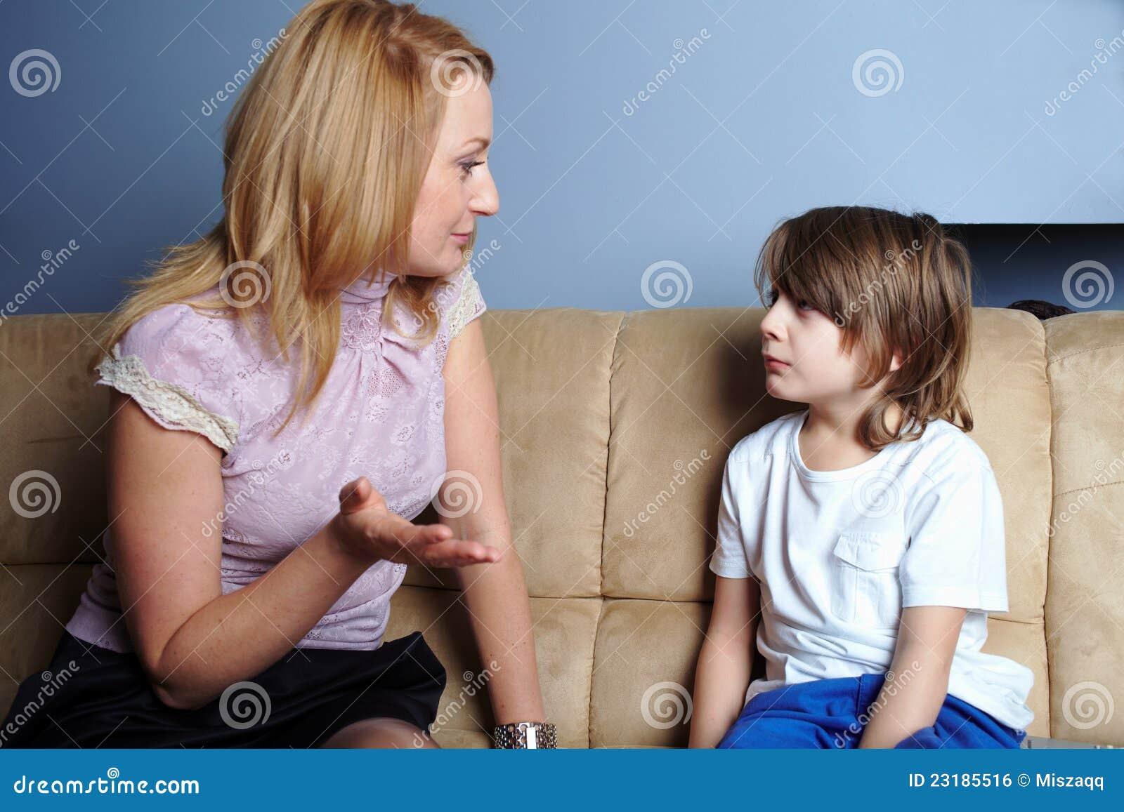 Секс смотреть мать и сын, Порно русских мамочек, сын трахает маму 27 фотография