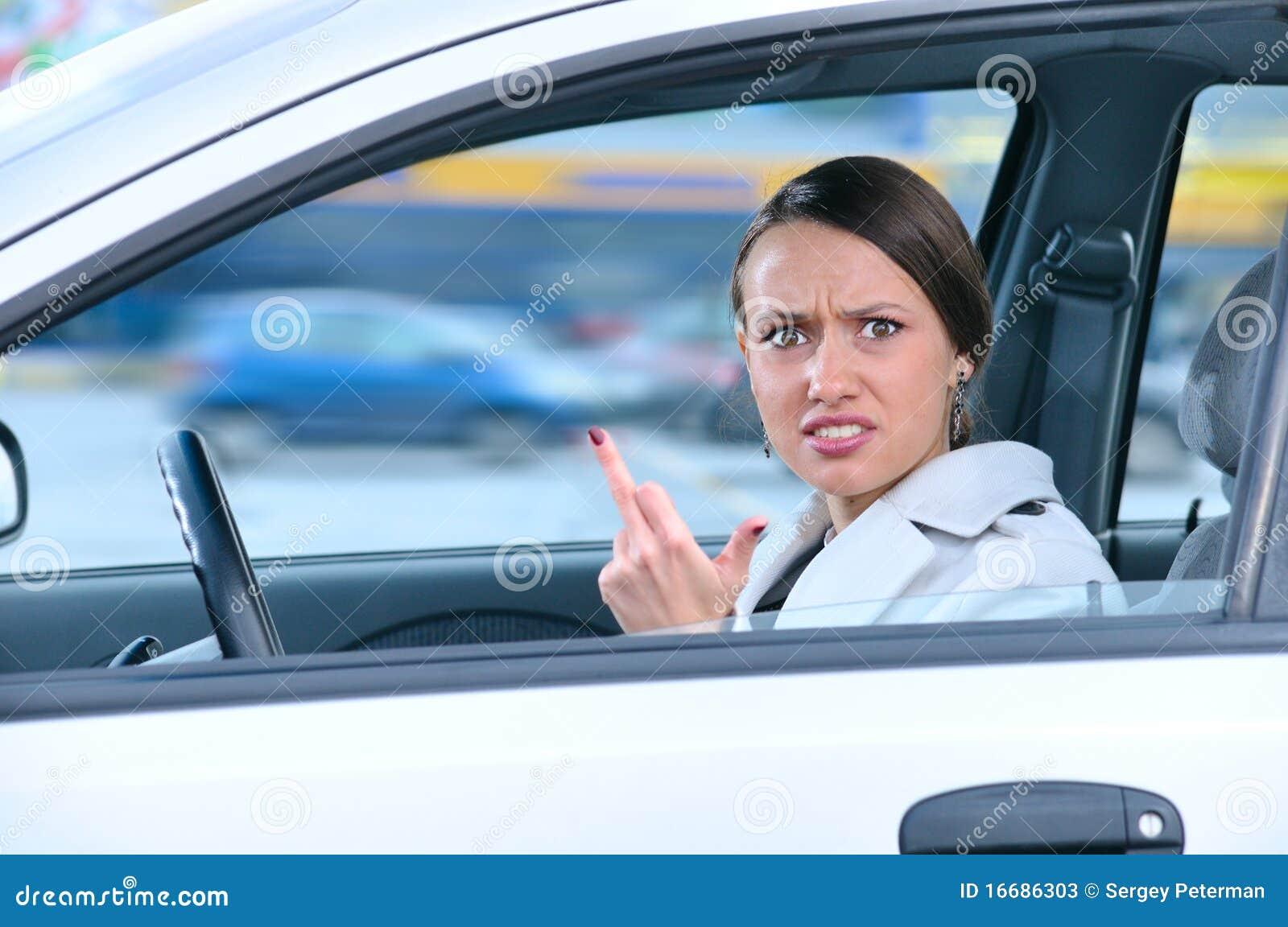 Рассказ я показал член из машины, Рассказ секса в машине- Трахнул меня прямо в машине 25 фотография