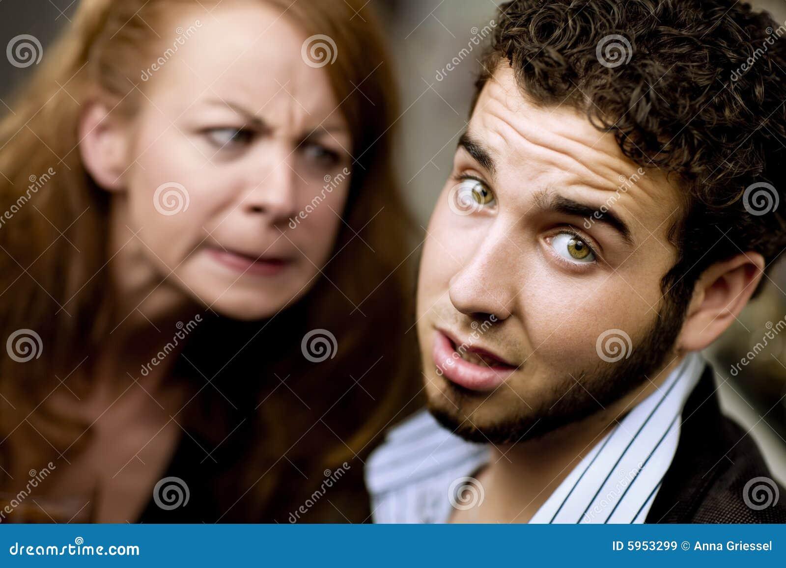 angry woman at man - photo #36