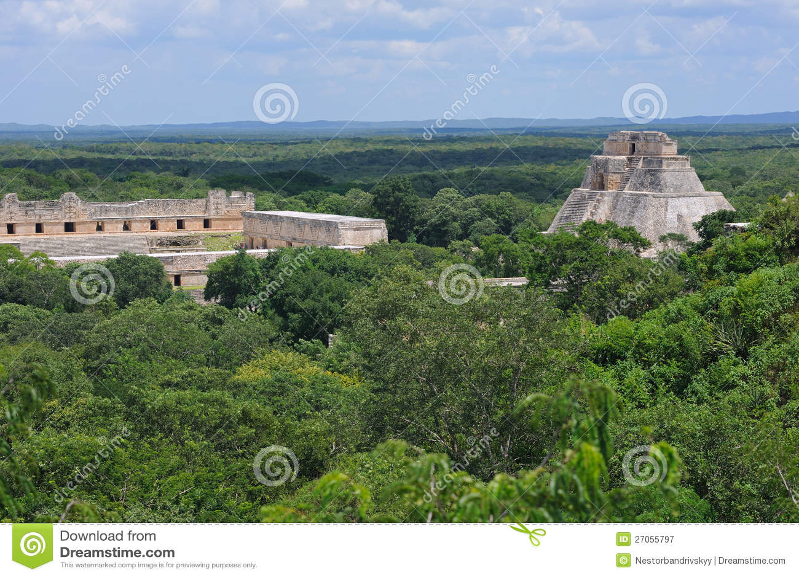 Anicent mayan pyramid