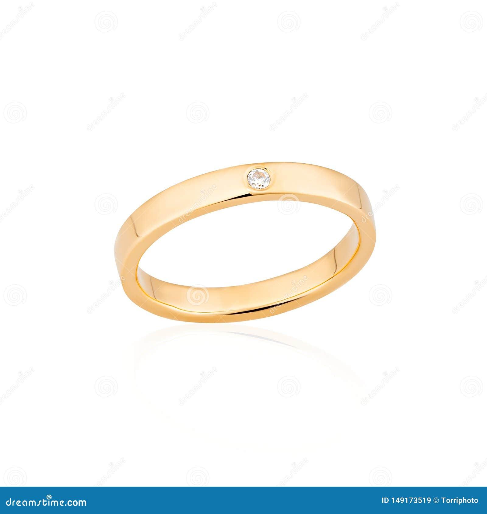 Anillo de oro del compromiso con un diamante aislado en el fondo blanco