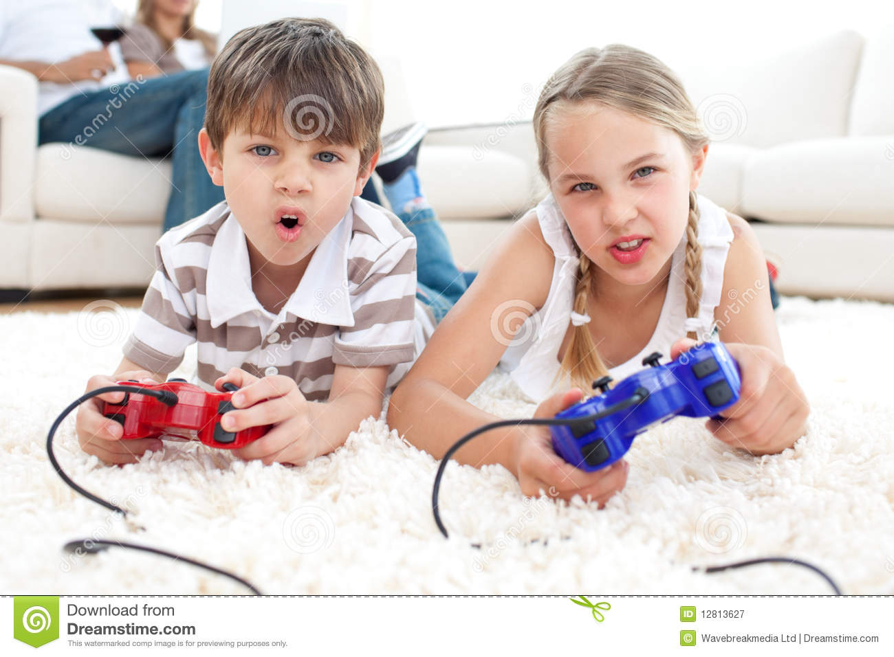Animated Children Playing Video Games Stock Image Image  : animated children playing video games 12813627 from www.dreamstime.com size 1300 x 956 jpeg 125kB