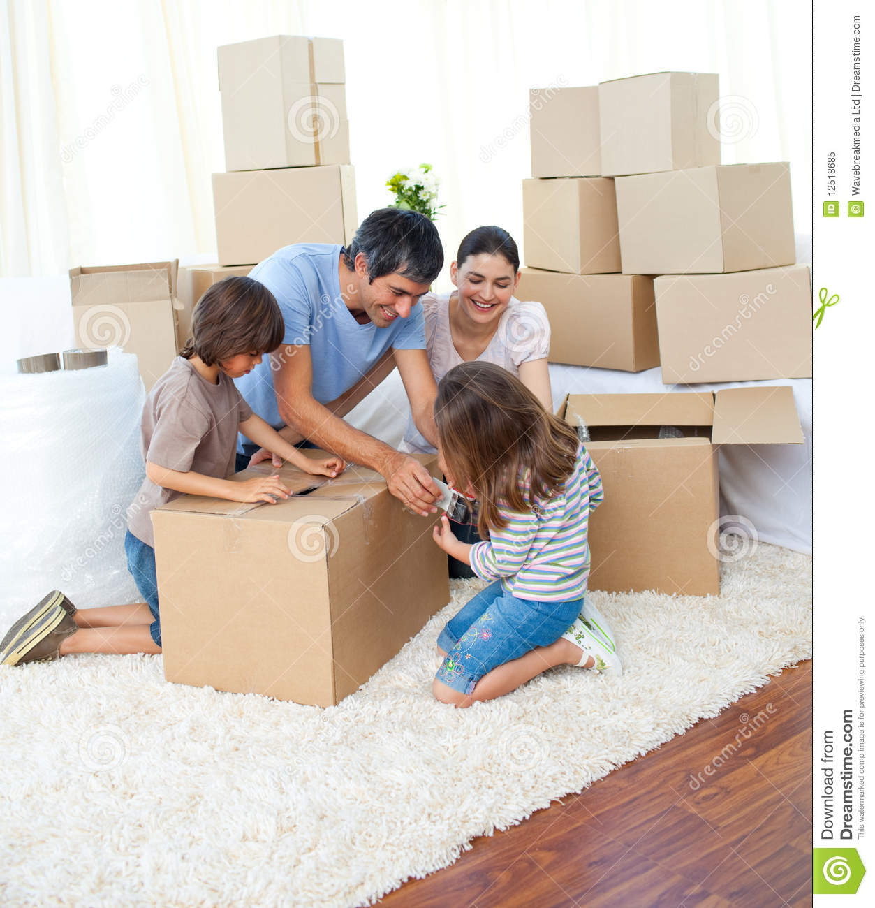 animated family packing boxes royalty free stock photo image 12518685. Black Bedroom Furniture Sets. Home Design Ideas