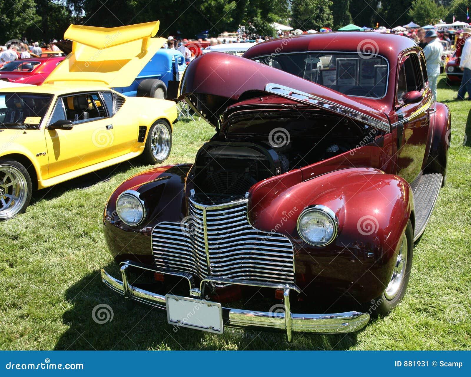 Anitque pokaz samochodowy