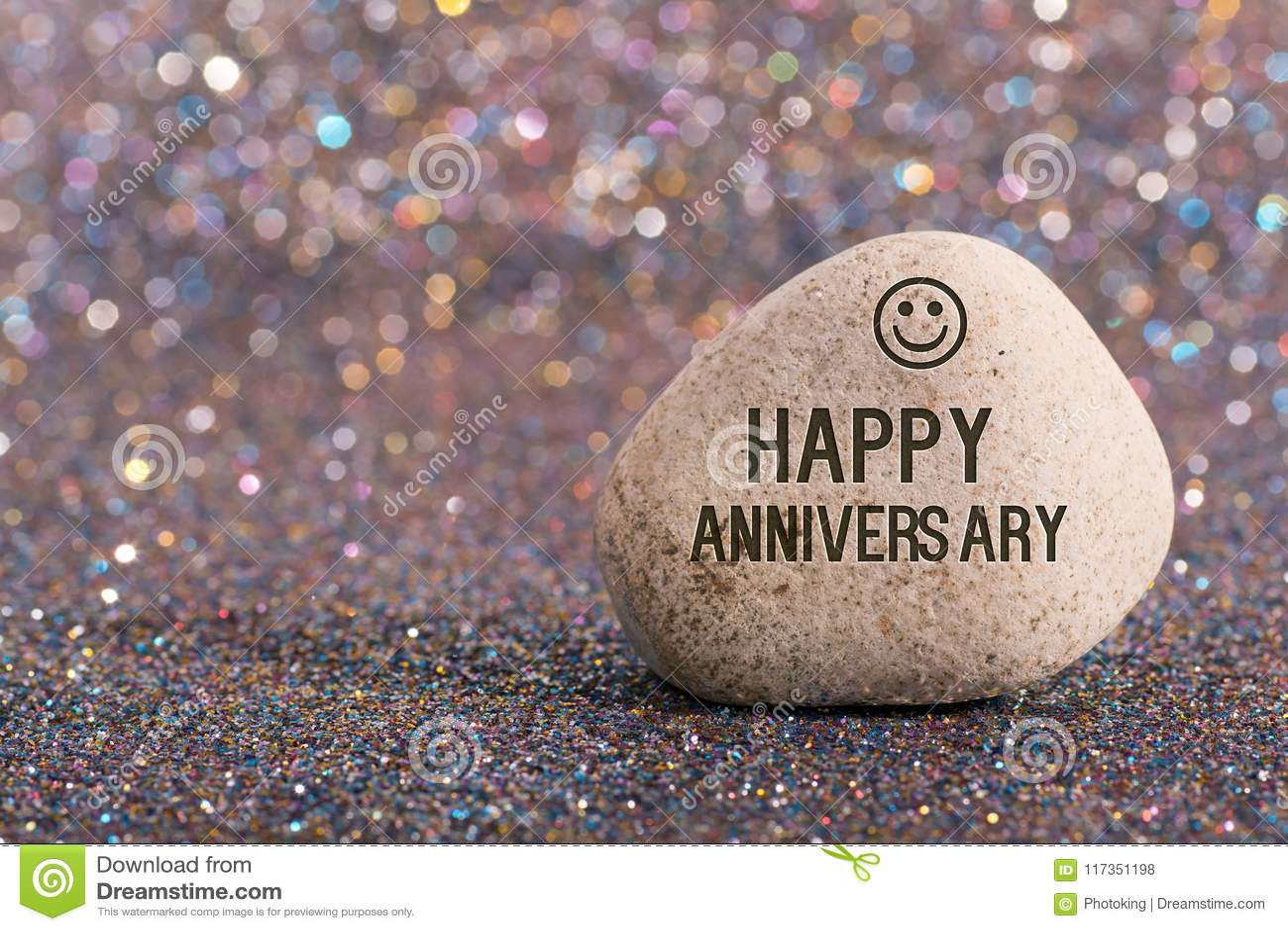 Aniversário feliz na pedra