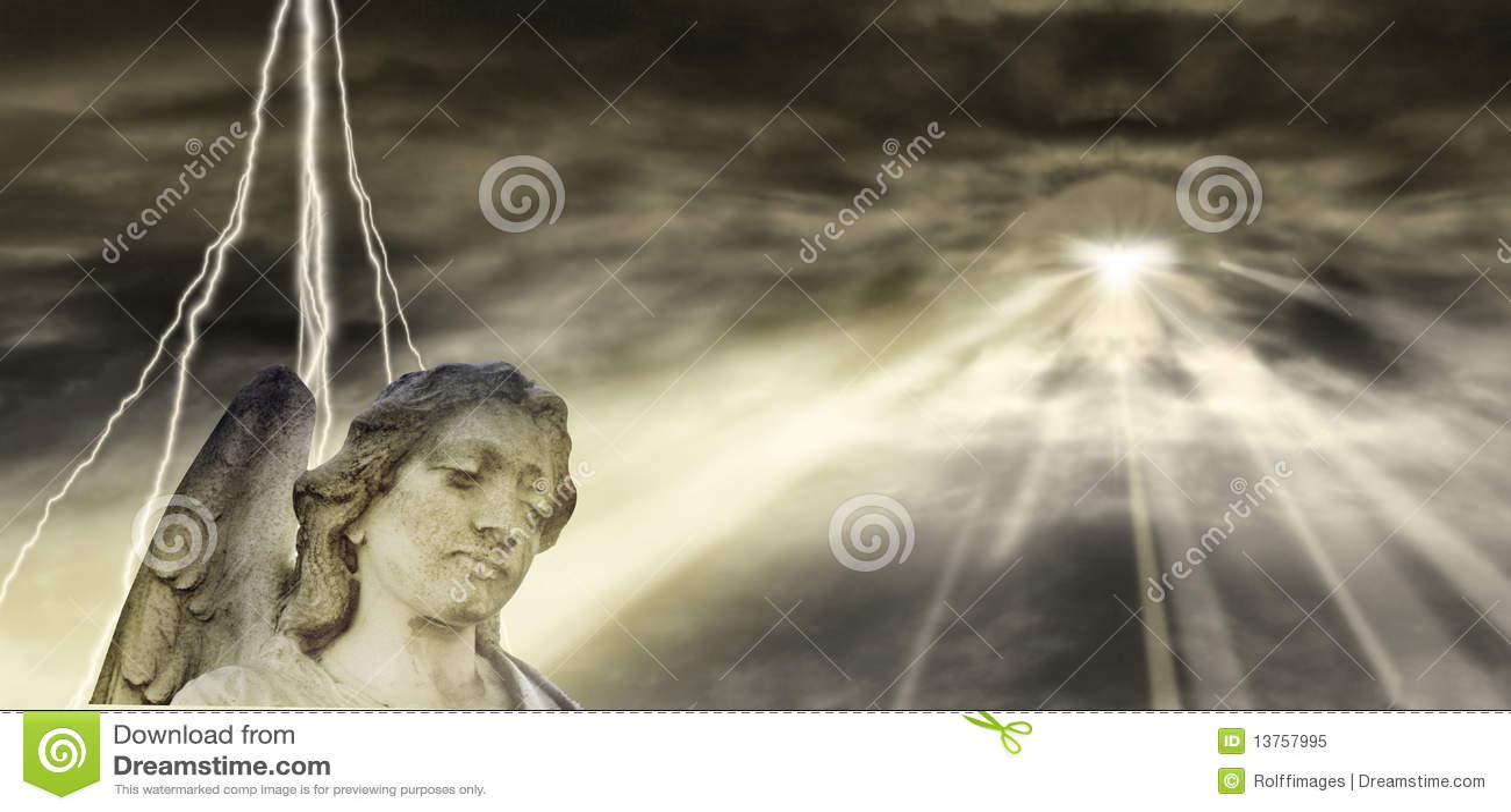 Anjo e céu dramático