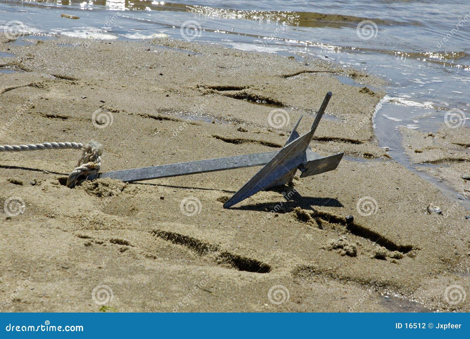 Anker in het zand