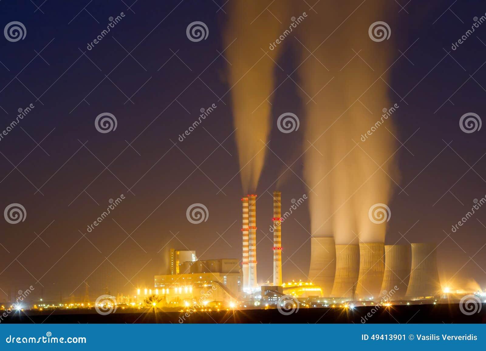 Download Anlage Des Elektrischen Stroms In Kozani Griechenland Langsame Belichtungszeit Stockbild - Bild von griechenland, energie: 49413901