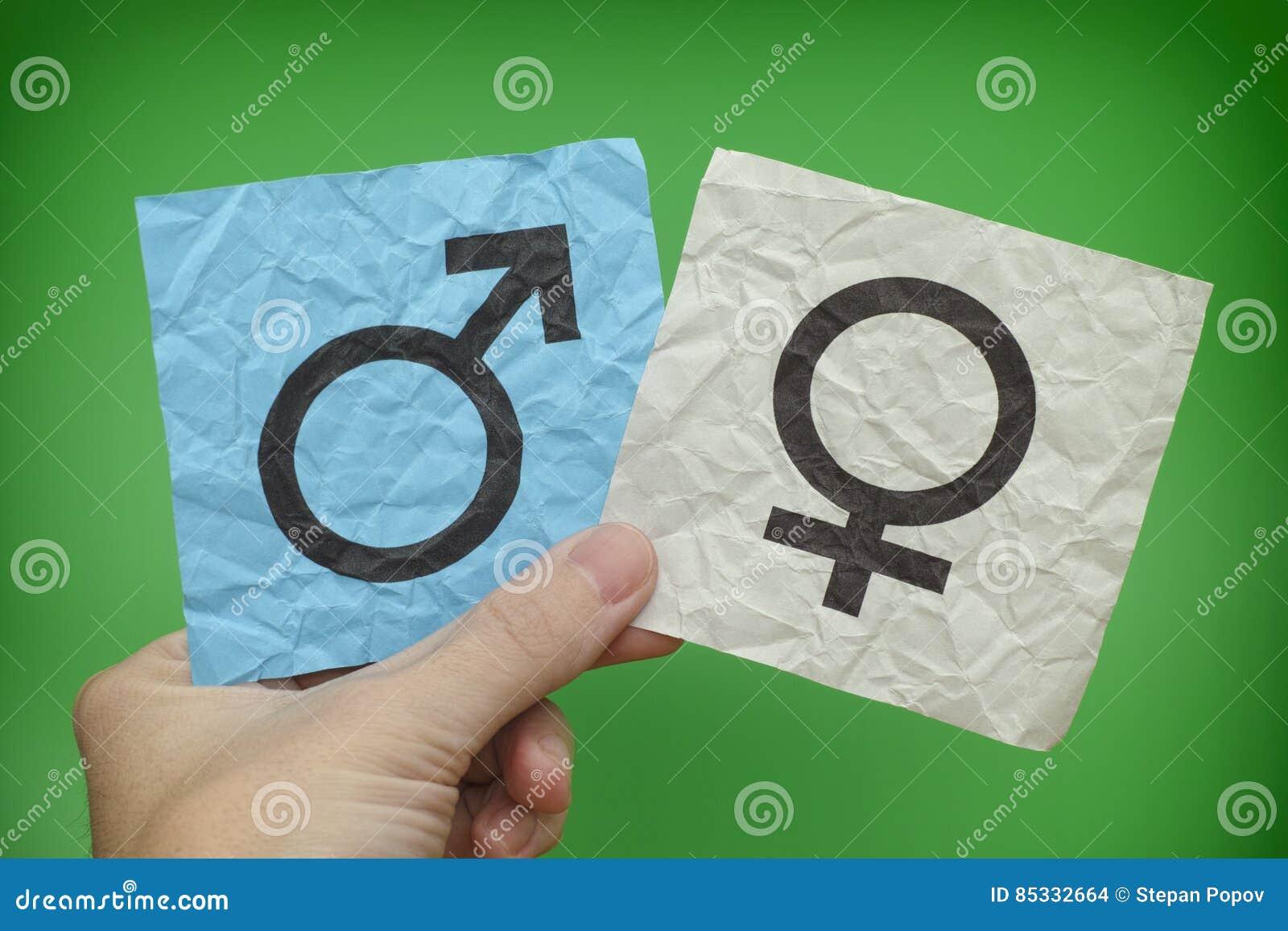 Anmärkningar för personinnehavpapper med genussymboler i hans hand
