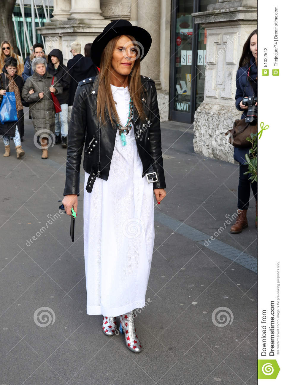 Anna Dello Russo Milano Milan Fashion Week Streetstyle Autumn Winter 2015 2016 Editorial