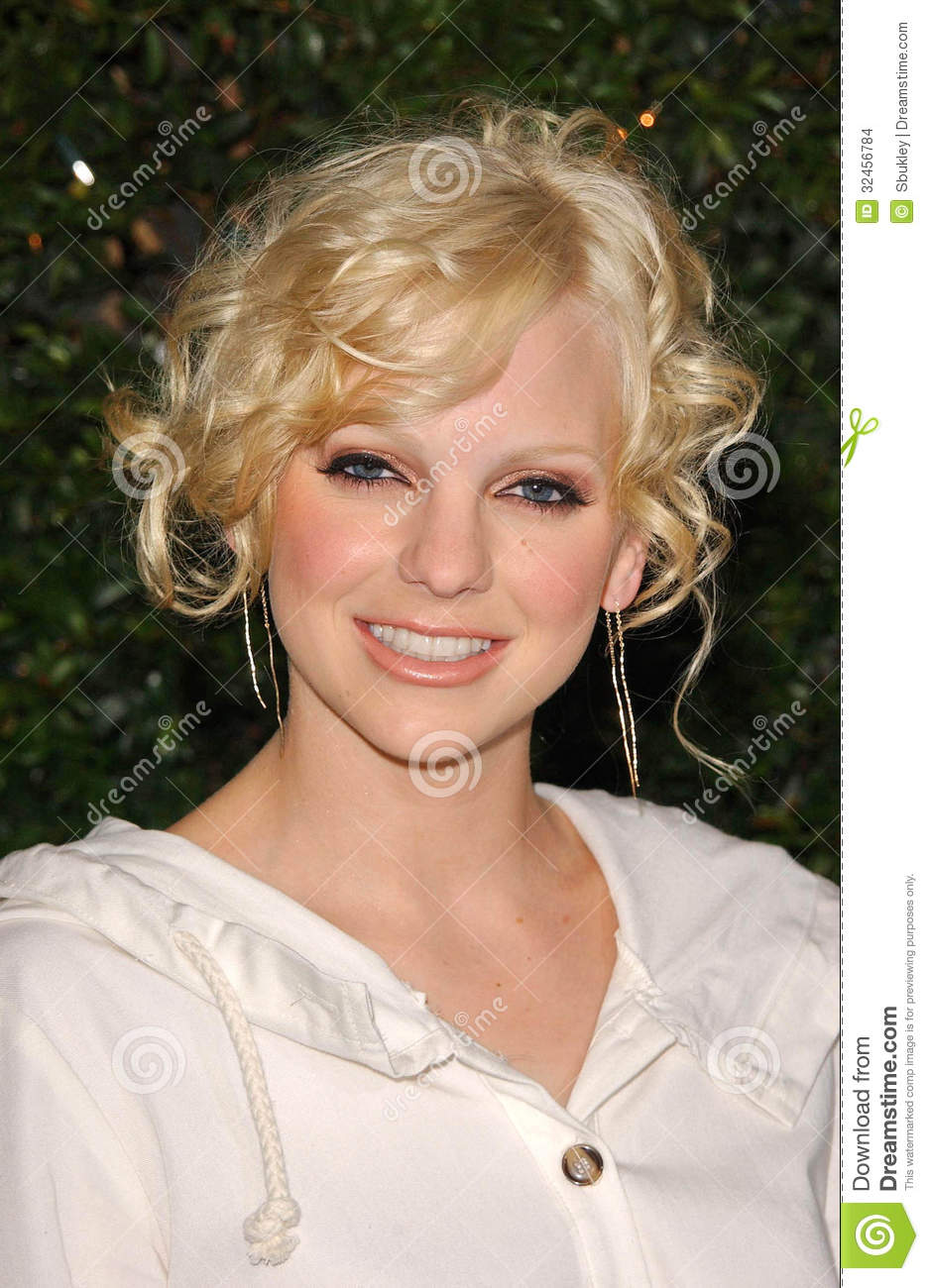 Anna Faris editorial stock image  Image of friends, westwood