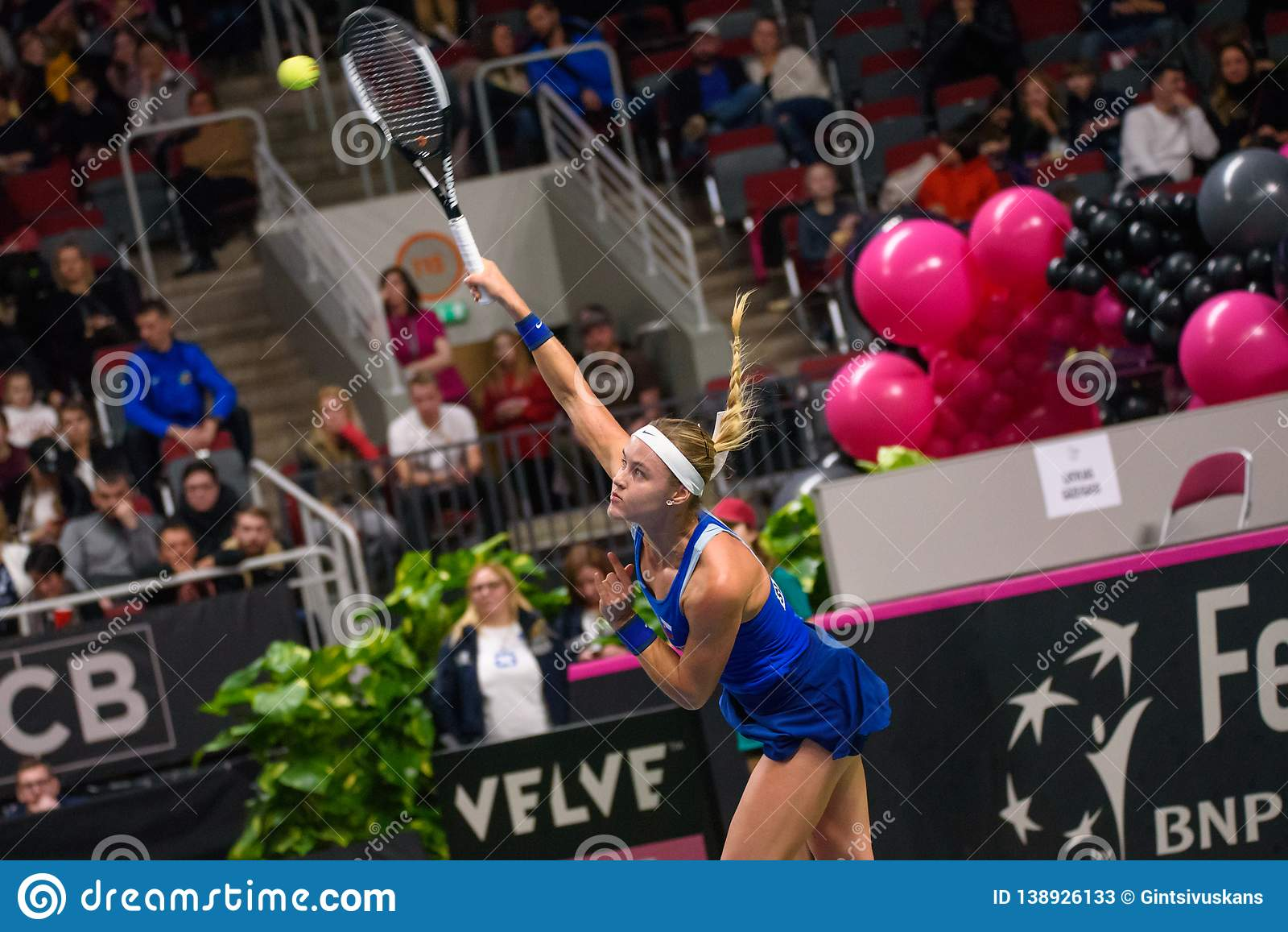 Anna Karolina Schmiedlova under den första runda leken för världsgrupp II mellan laget Lettland och laget Slovakien