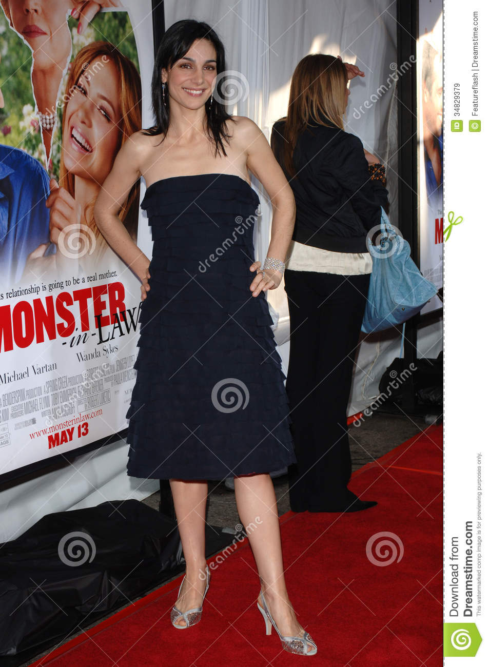 annie parisse the following
