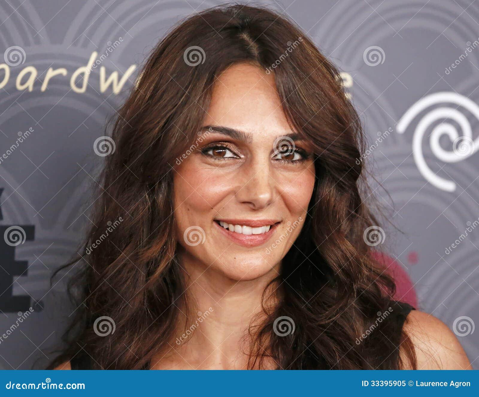 Annie Parisse actress