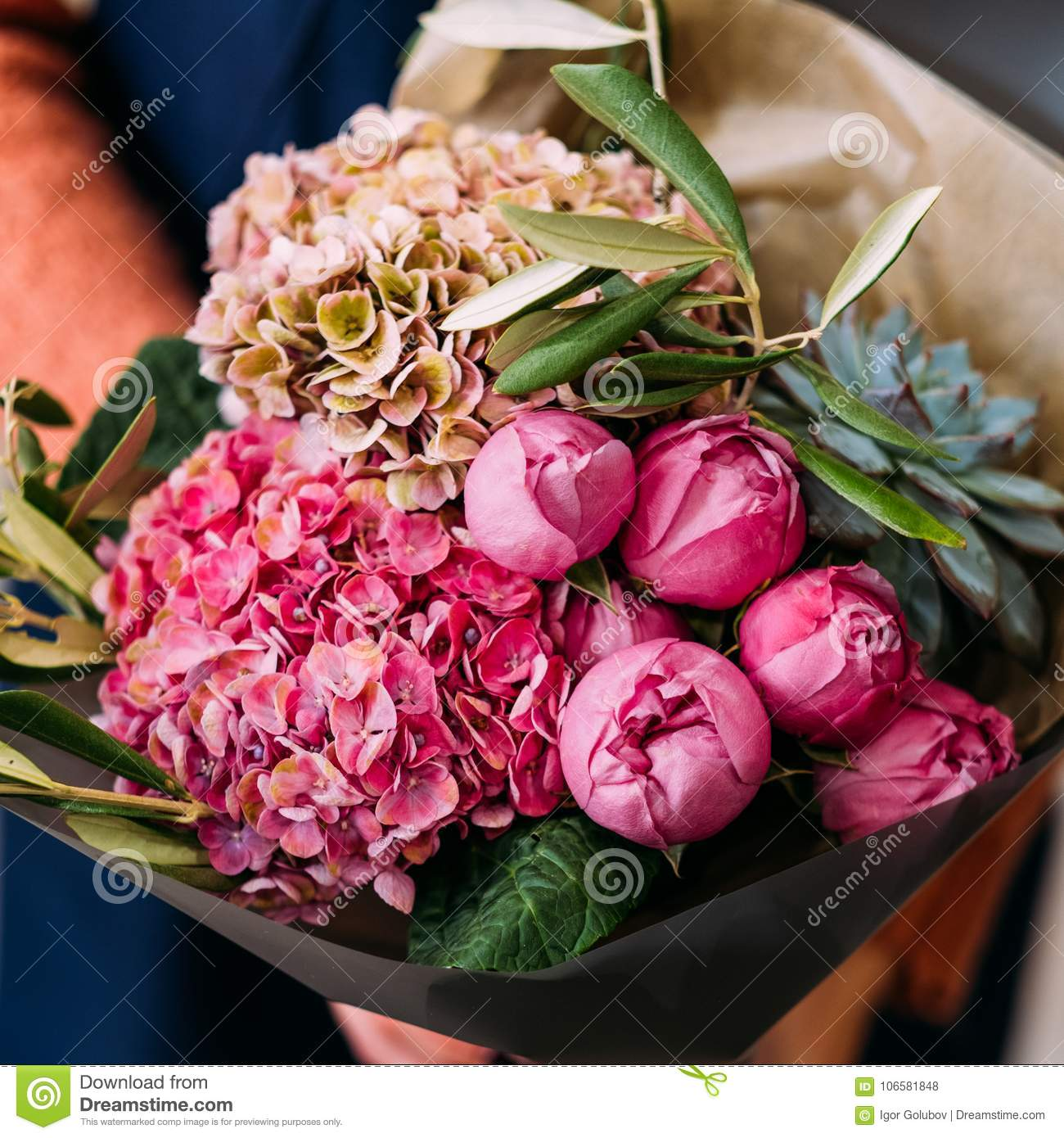 Anniversary flower bouquet beautiful gift reward stock photo image download anniversary flower bouquet beautiful gift reward stock photo image of present holiday izmirmasajfo