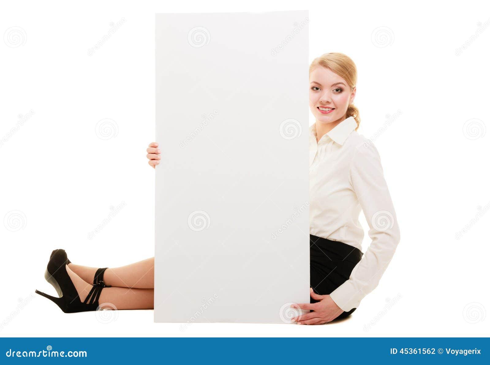 Annonce Femme d affaires montrant la bannière vide de l espace de copie