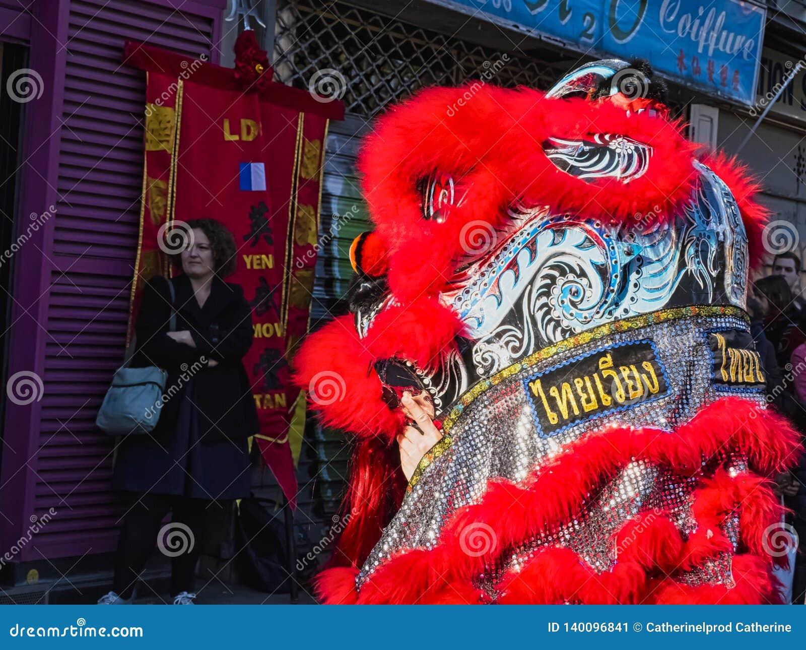 Ano novo chinês Paris 2019 França - dança do leão