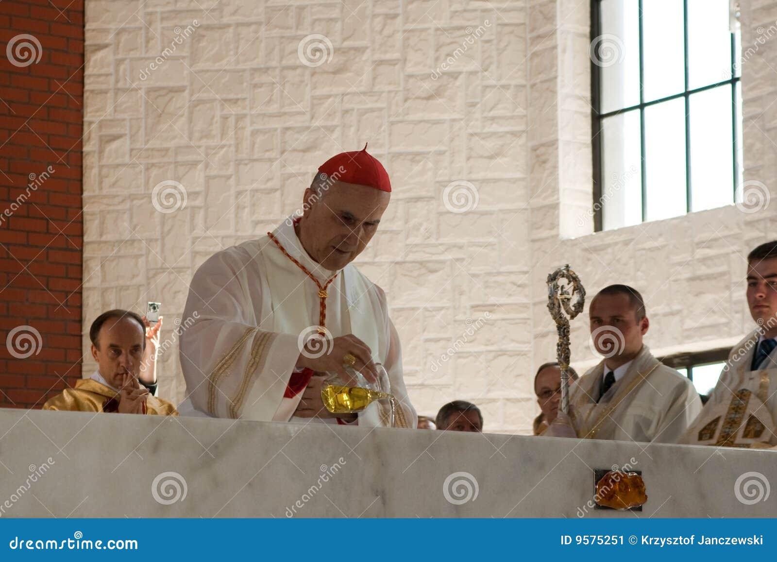Anointing av altaret.