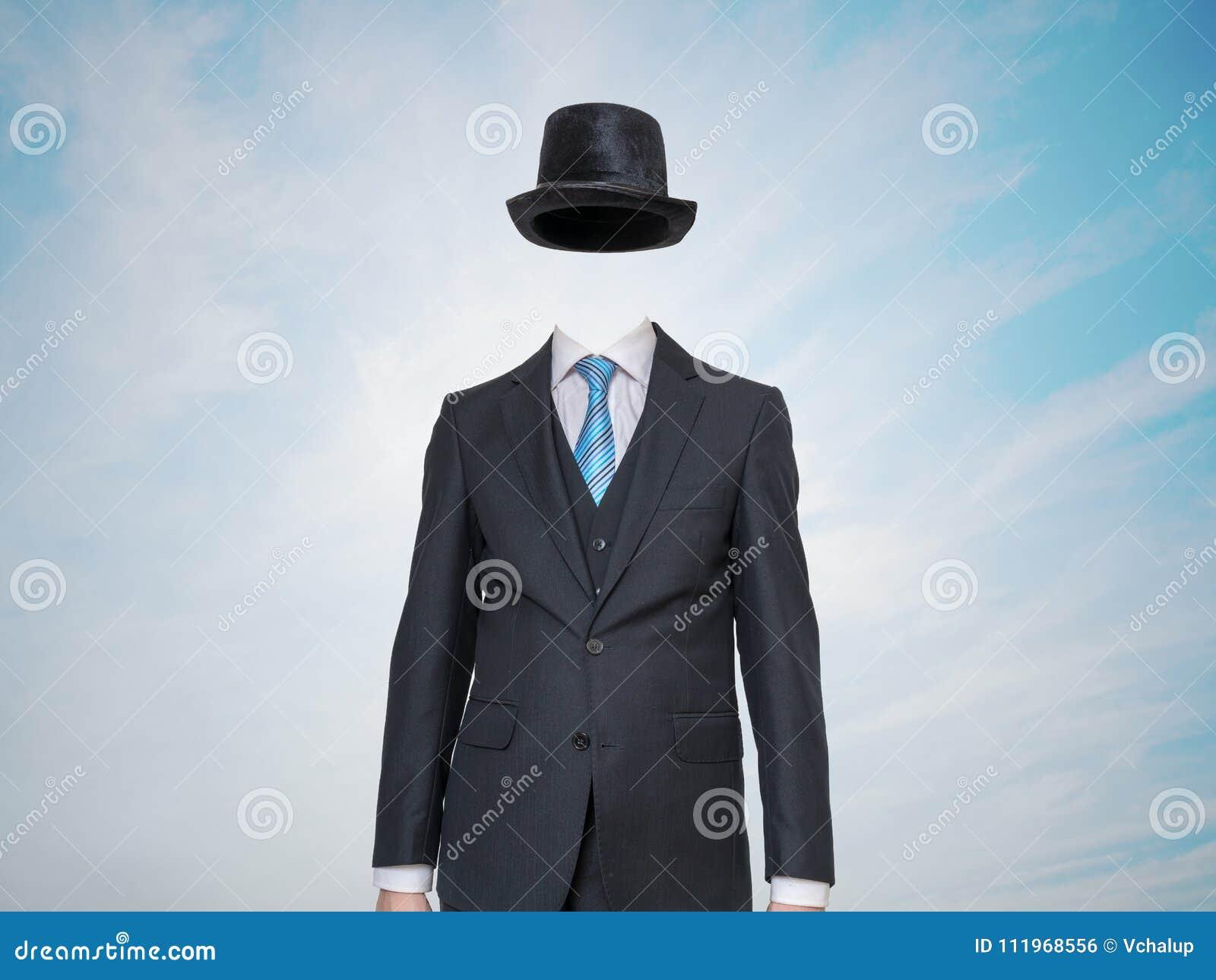 Anonimowy lub niewidzialny mężczyzna w kostiumu