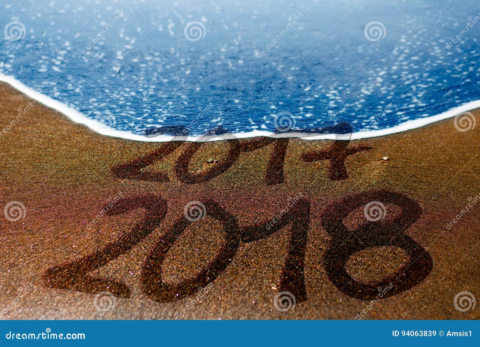 2017 anos novos da praia de 2018 areias estão vindo