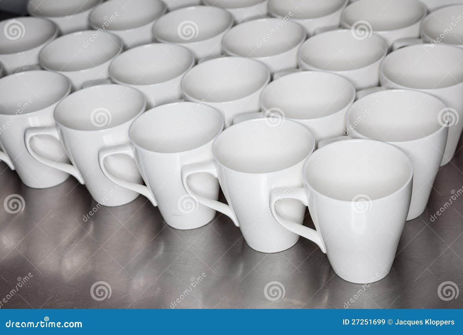Ansammlung Kaffeetassen Im Büro Stockbild Bild Von Kaffee