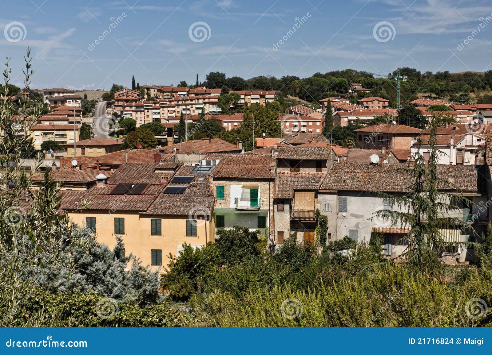 Ansicht über Asciano, Italien