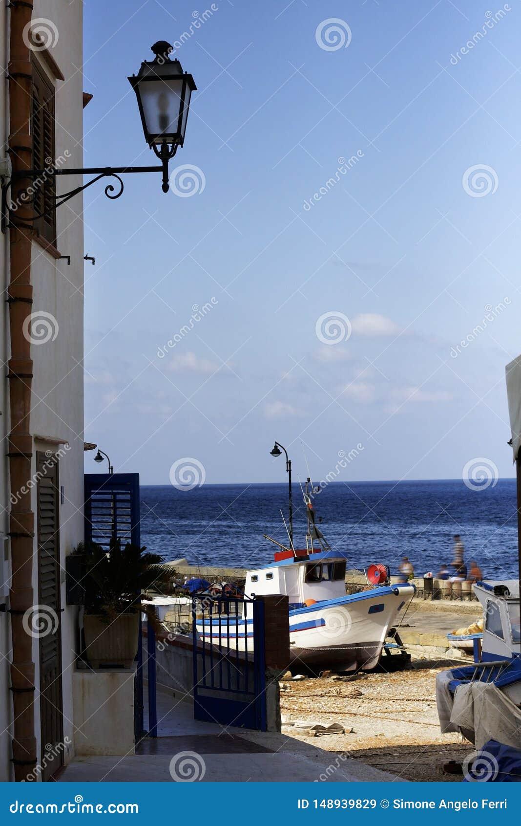 Ansicht ?ber Meer von Levanzo-Insel Egadi sizilien Italien