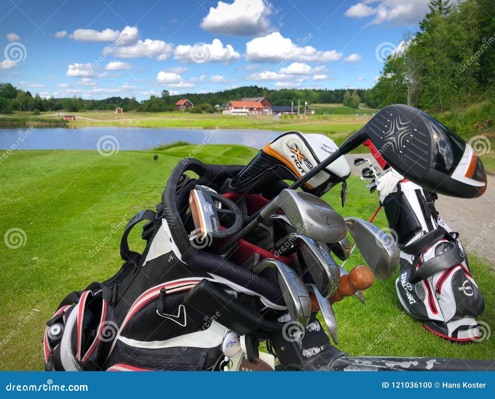 Ansicht über Vereinsheim Golfstar Brollsta vom 9. T-Stück