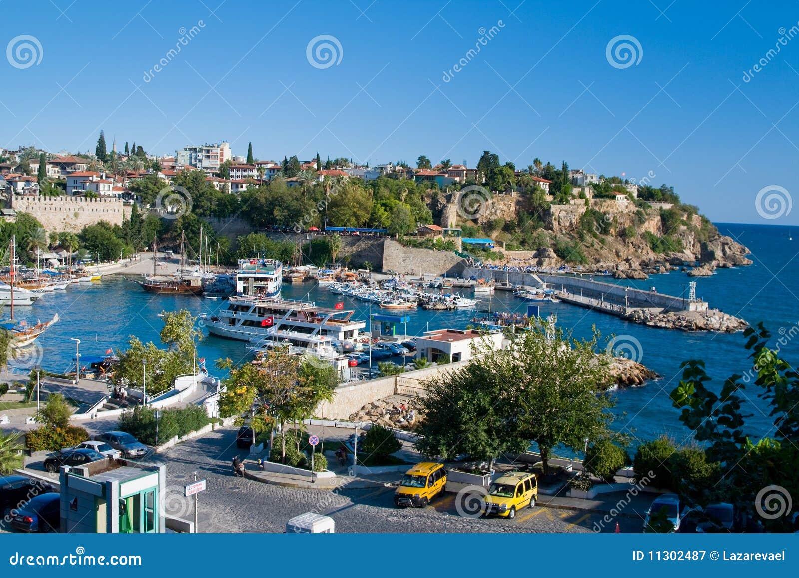 Ansicht am alten Hafen in Antalya, die Türkei