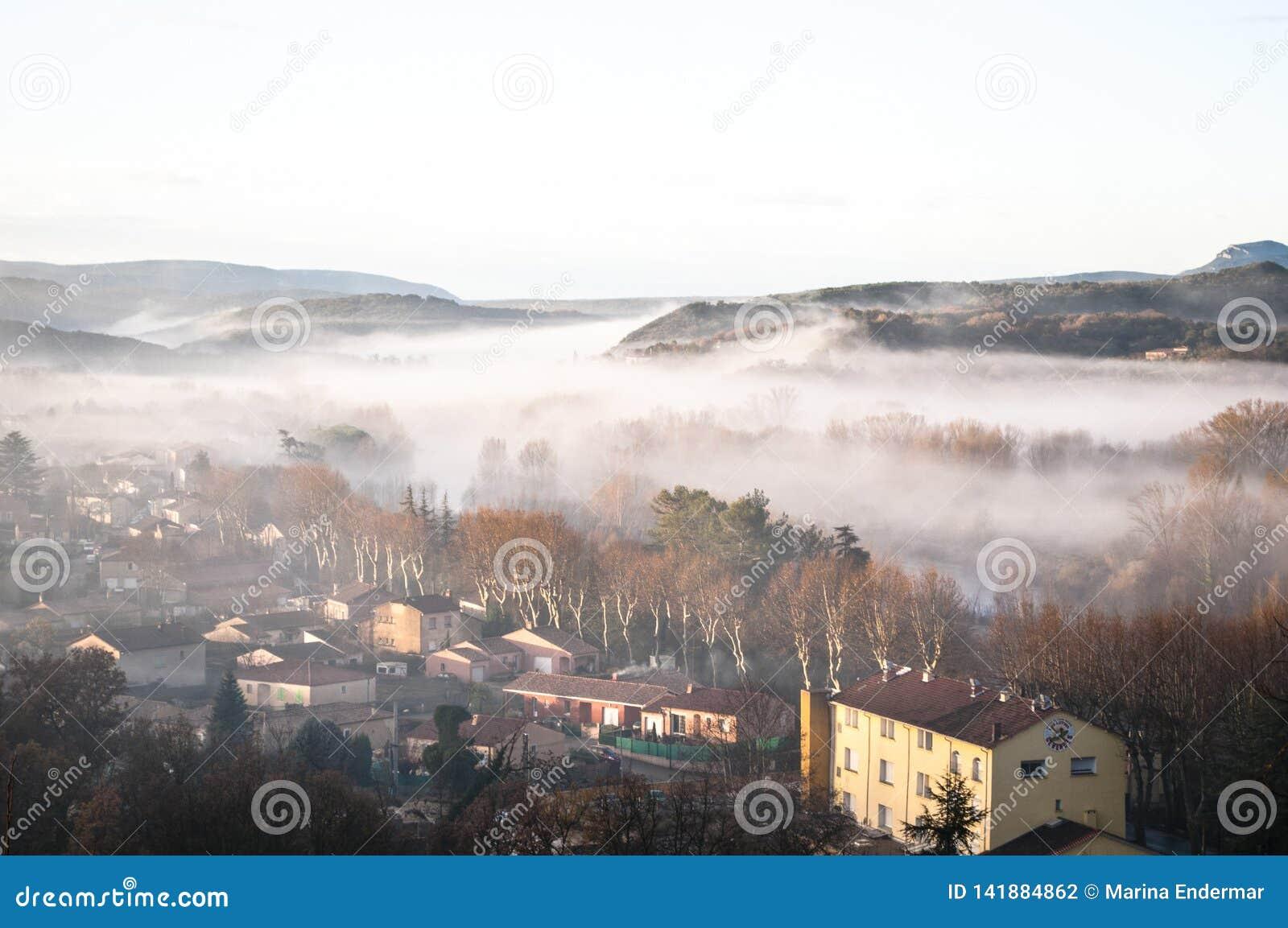 Ansicht des Dorfs, Herault, Frankreich