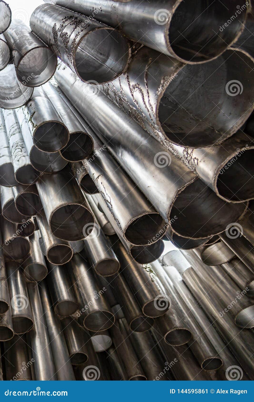 Ansicht des Sibelius-Monuments in Helsinki, Finnlands berühmtesten Komponisten gedenkend