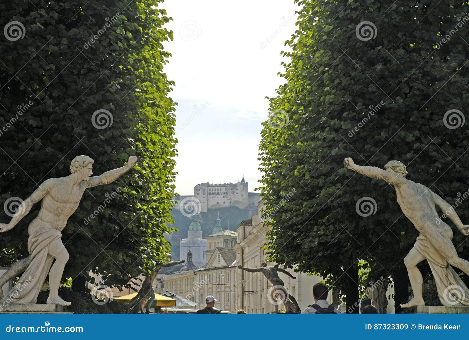 Ansicht vom Stadt-ot die Hohensalzburg-Festung, Salzburg ist die kompletteste Festung von den mittelalterlichen Zeiten, die in Eu