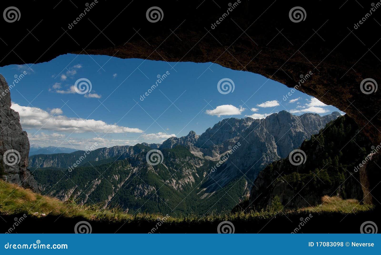 Ansicht von einer Höhle