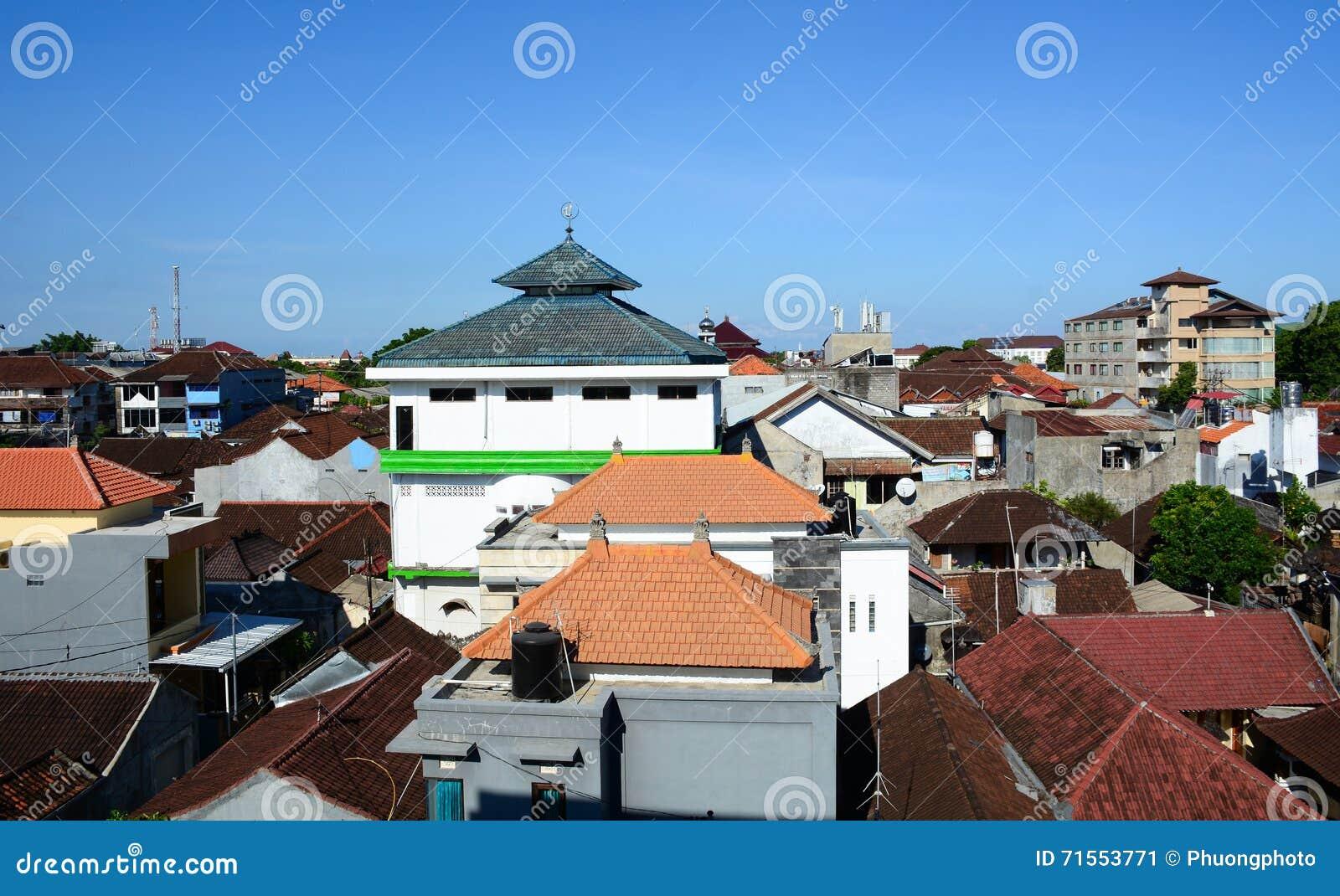 Ansicht Von Modernen Häusern In Bali, Indonesien Redaktionelles Foto ...
